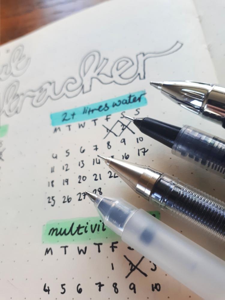 Assortment of 0.5 pens | Rosie Lewis Writes